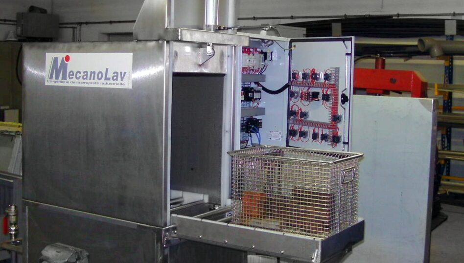 Machine de nettoyage par immersion agitation avec chargement frontal