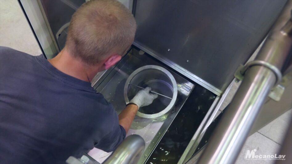 Maintenance sécurisée d'une machine de nettoyage