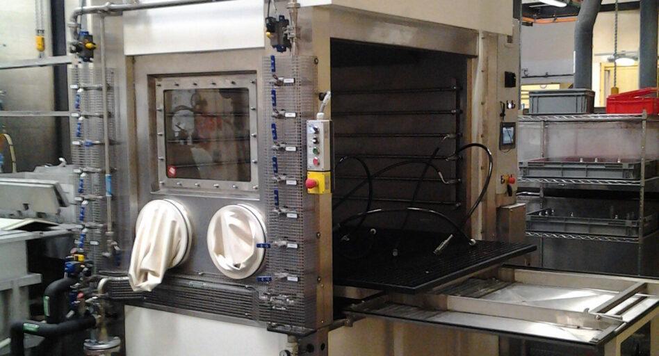 Machine en mode manuel pour un nettoyage de pièces ciblé