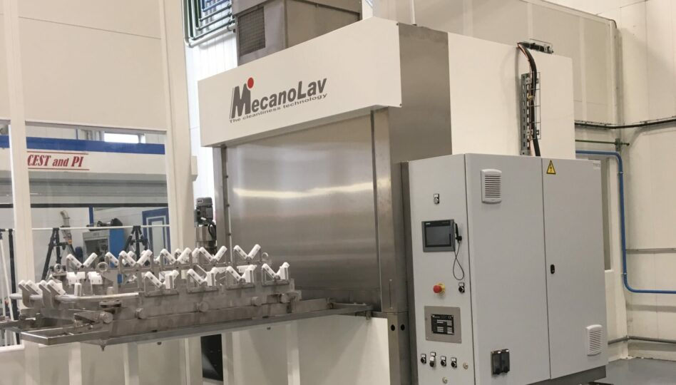Machine de nettoyage pièces monobain avec chargement frontal