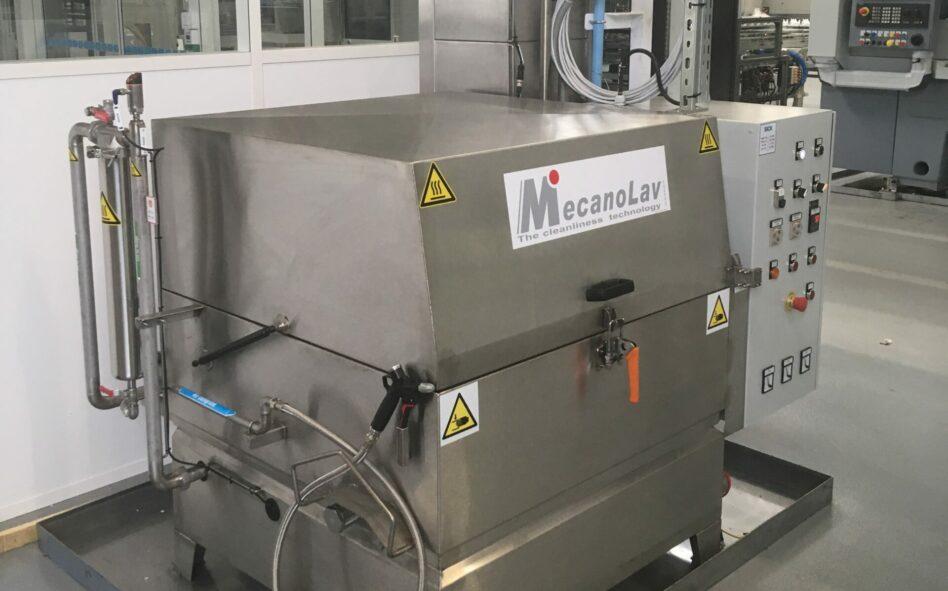 Machine de nettoyage à plateau rotatif adaptable